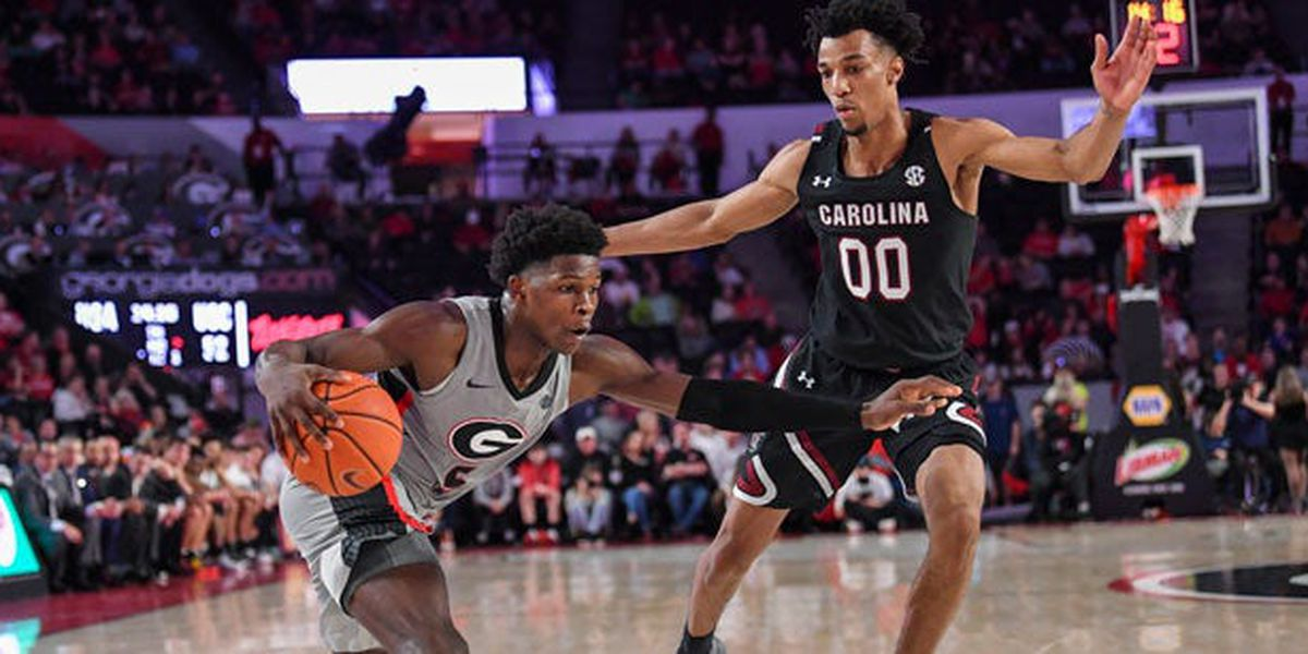 Gamecocks put down Bulldogs, get SEC leading sixth road win