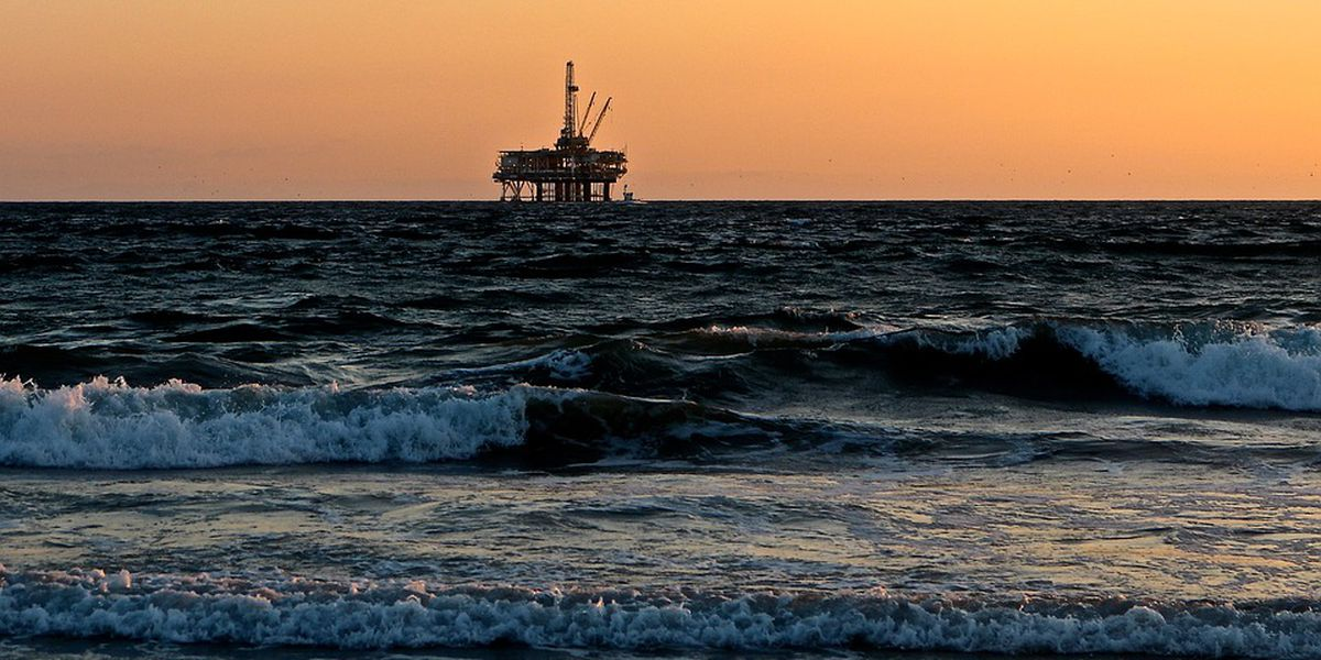 South Carolina's lawsuit to block offshore drilling moves forward