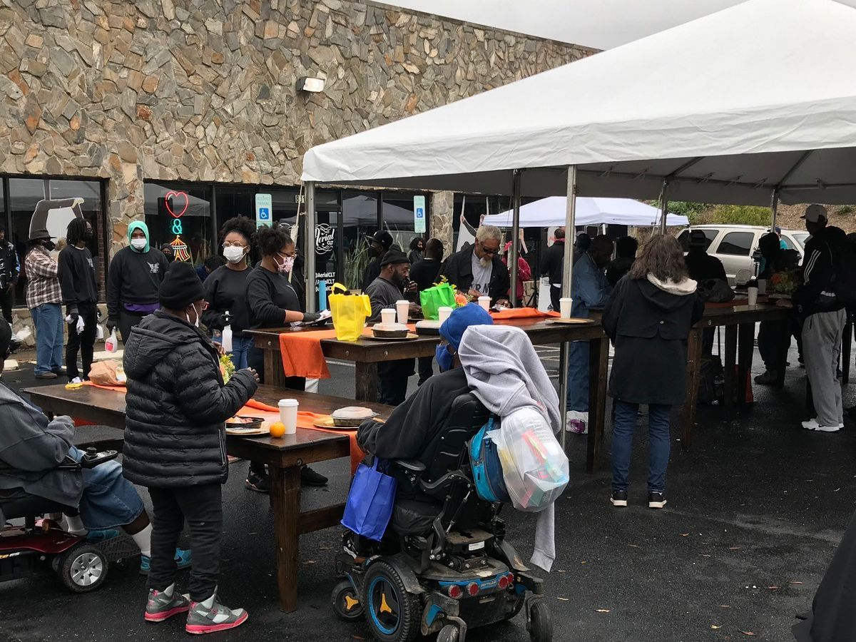 DaBaby turns Charlotte parking lot into outdoor restaurant to feed community
