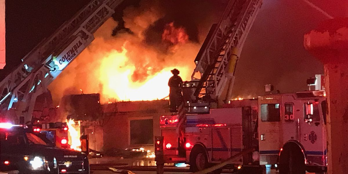 2-alarm fire rips through His House thrift store in West Columbia