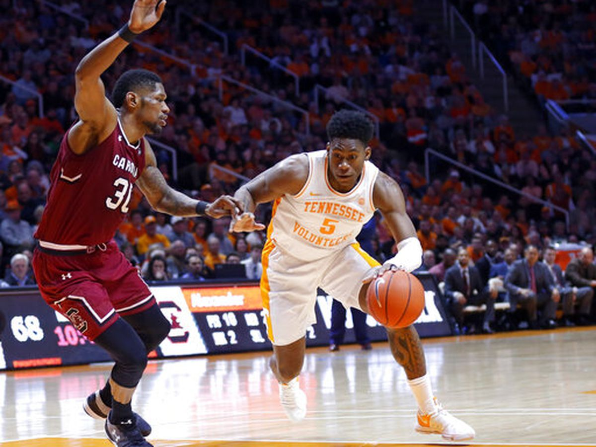 No. 1 Vols beat South Carolina 85-73 for 19th straight win