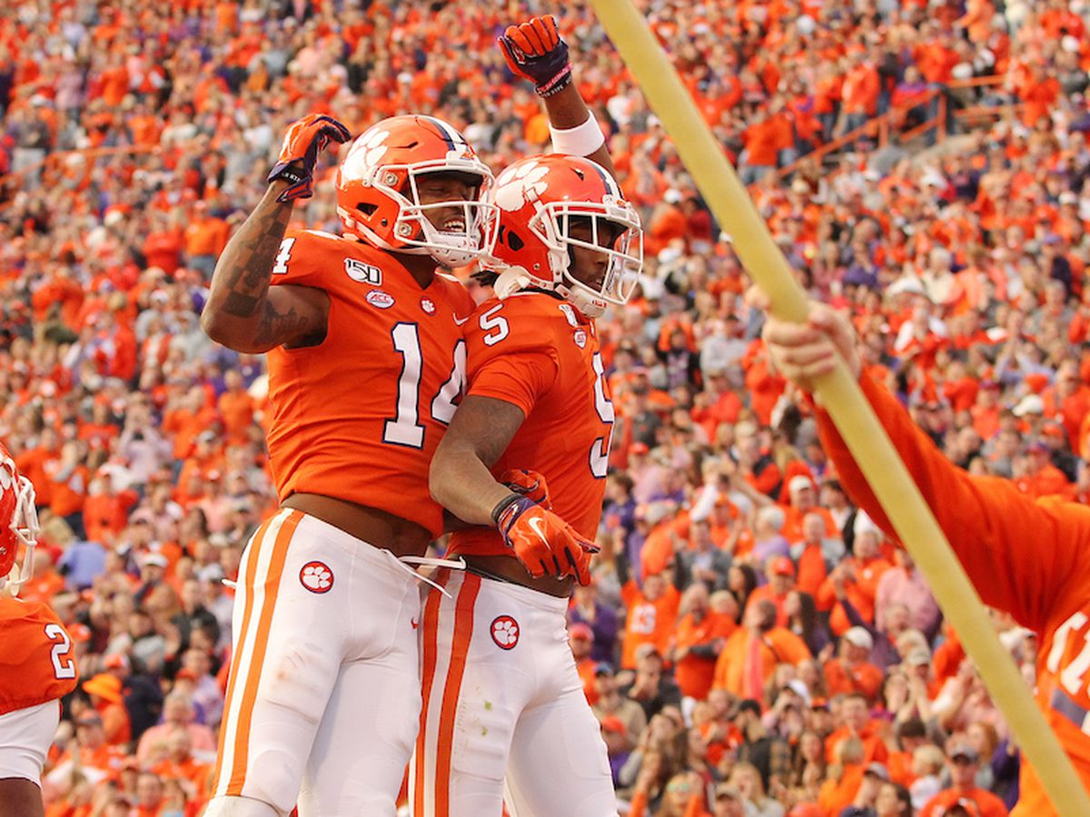 Lawrence throws 4 TDs as No. 3 Clemson tops Deacons 52-3