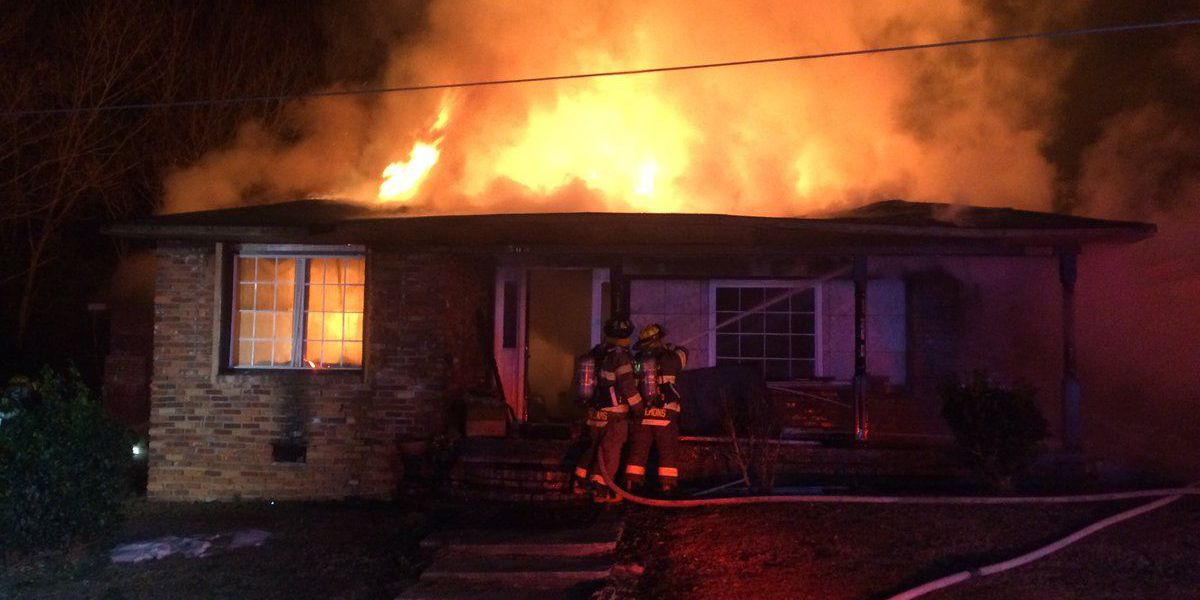 No injuries reported in Lee Co. house fire