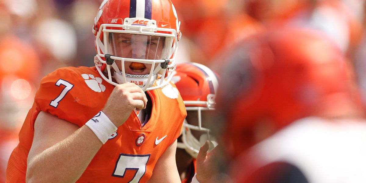 Clemson backup QB announces decision to transfer