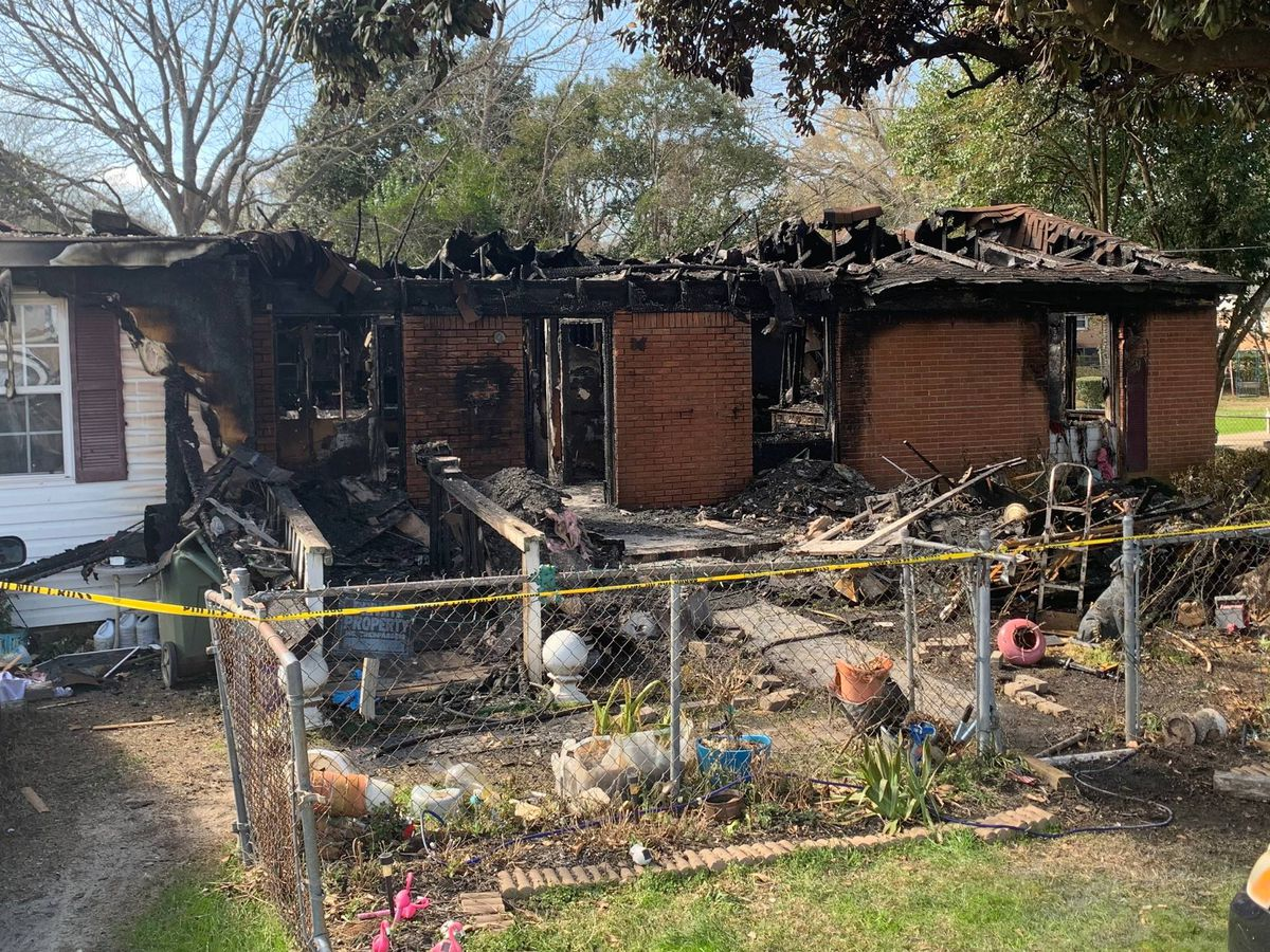 Two people killed in Kershaw County house fire