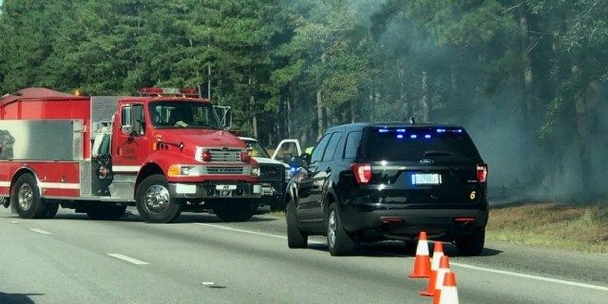 Fire along Interstate 20 causes authorities to block roadway