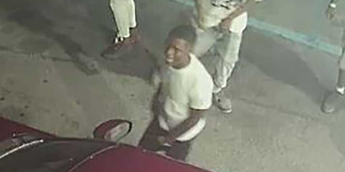 Police release pictures of suspect in Columbia bar shooting