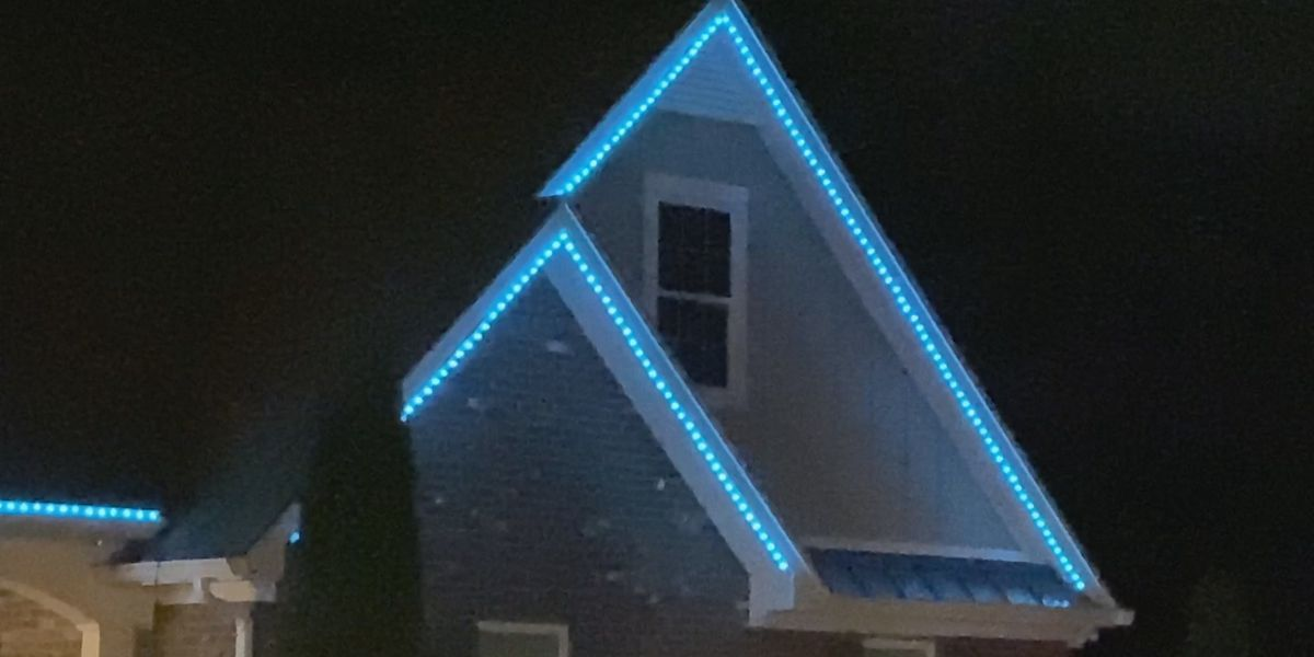 Lexington light displays bring cheer during COVID-19 crisis