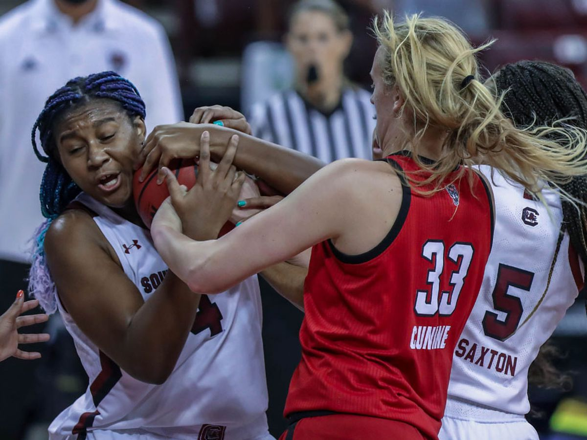 Top-ranked Gamecocks upset at home by No. 8 NC State