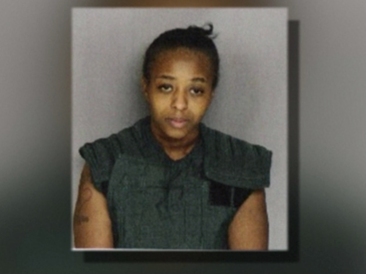 Woman pleads guilty to killing infant son, dumping body in trash can