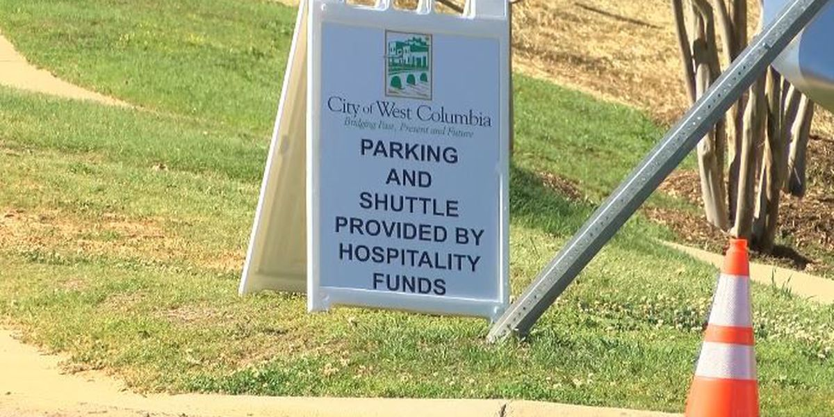 West Columbia Riverwalk reopens with parking concerns