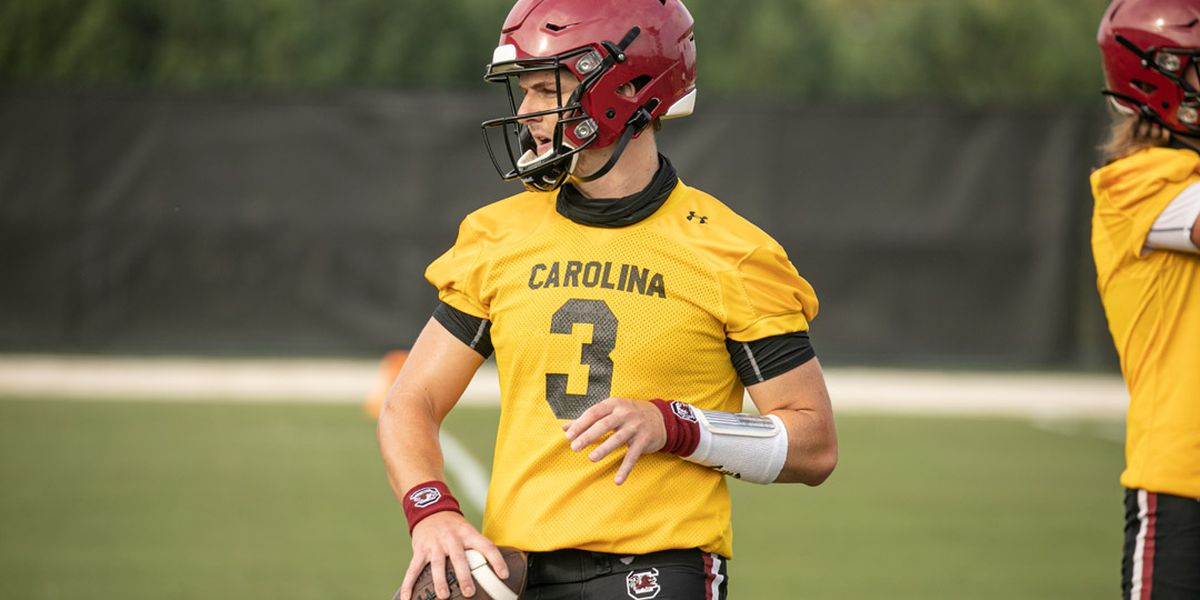 Hilinski eyes improvement heading into sophomore campaign with Gamecocks