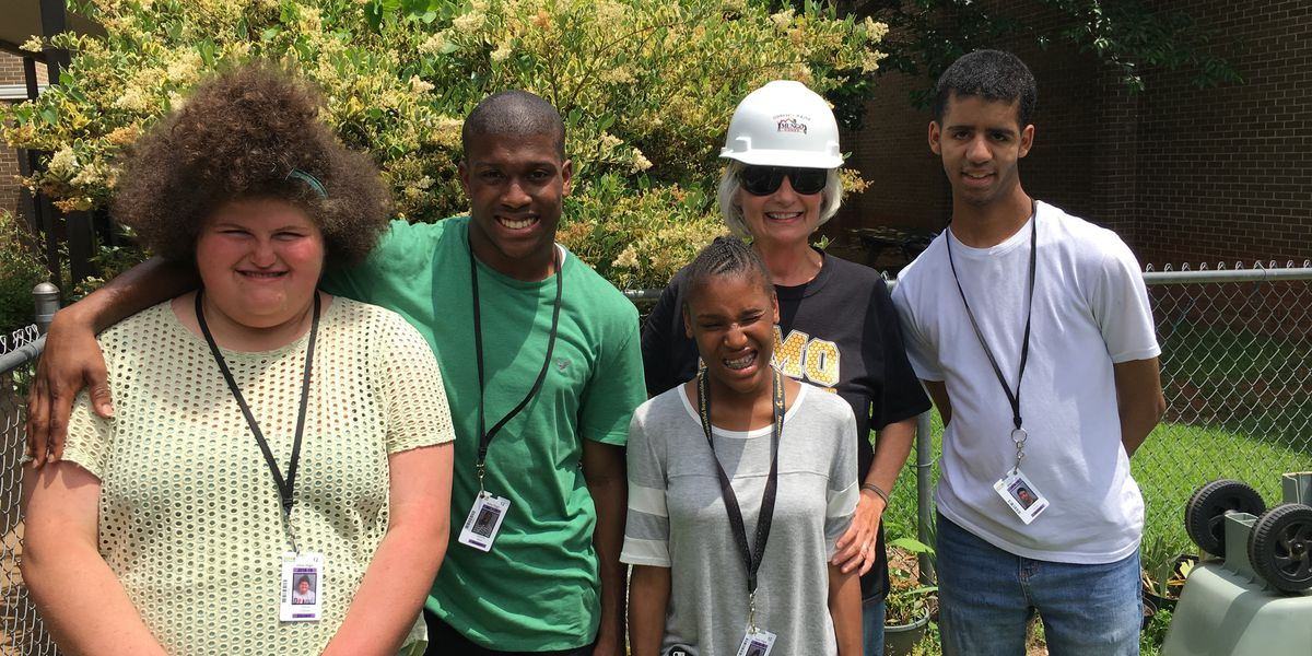 Community Builder: Irmo woman uses green thumb to impact students' lives