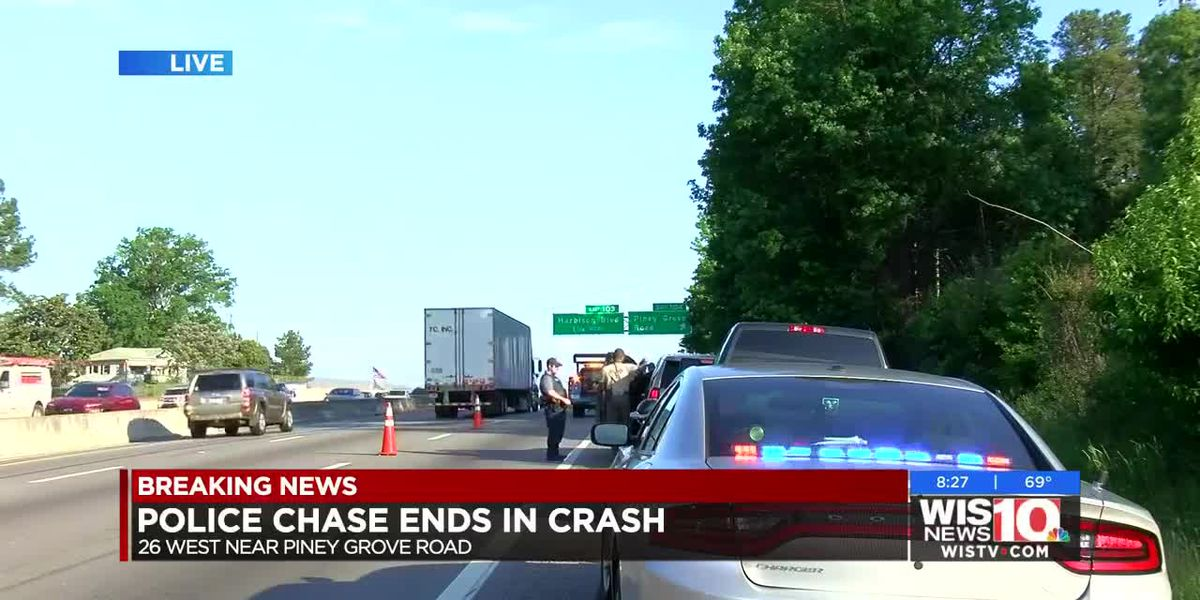 Officials: Police chase ends in crash on I-26 in Lexington County