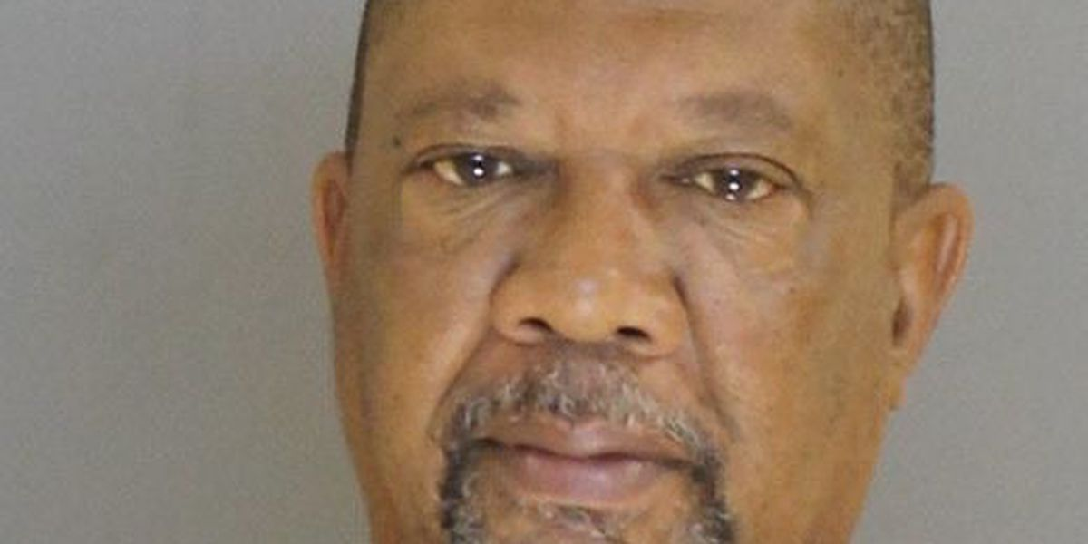 Man arrested after shooting father-in-law with shotgun
